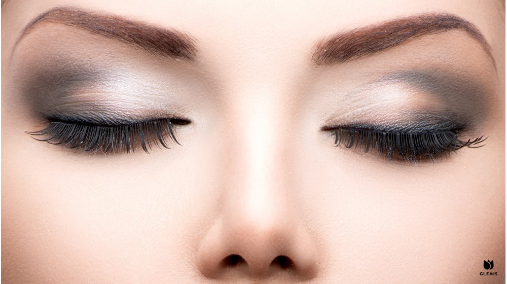 Styling of eyebrows